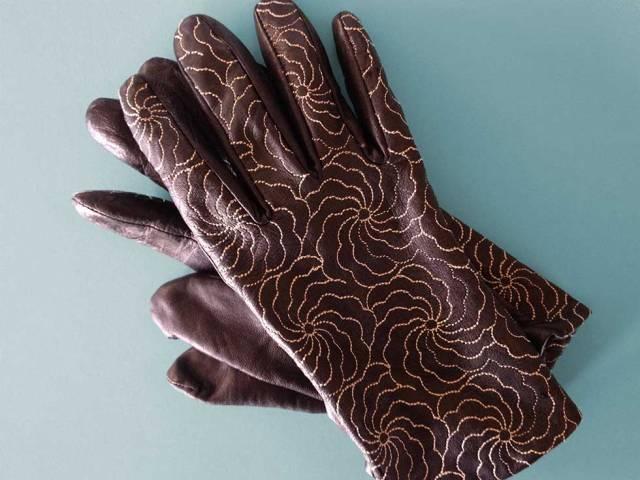 gloves_980w